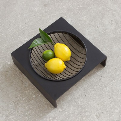 Fruit Basket black