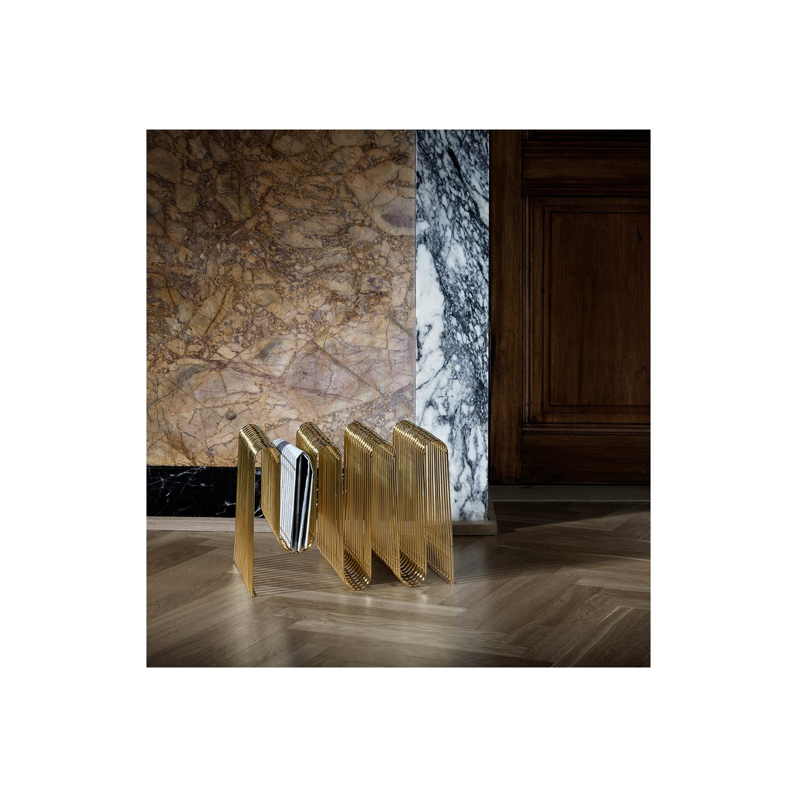 porte revues gatsby arne concept. Black Bedroom Furniture Sets. Home Design Ideas