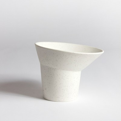Col ouvert Vase