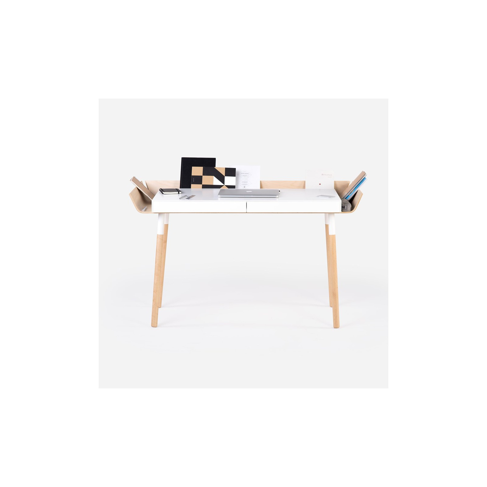 grand bureau open blanc arne concept. Black Bedroom Furniture Sets. Home Design Ideas