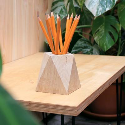 Porte stylo en bois