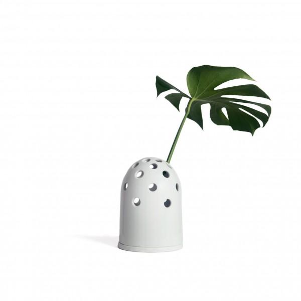 petit vase à trou blanc