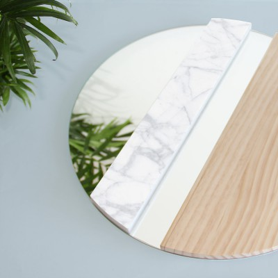 XO Mirror pine and marble