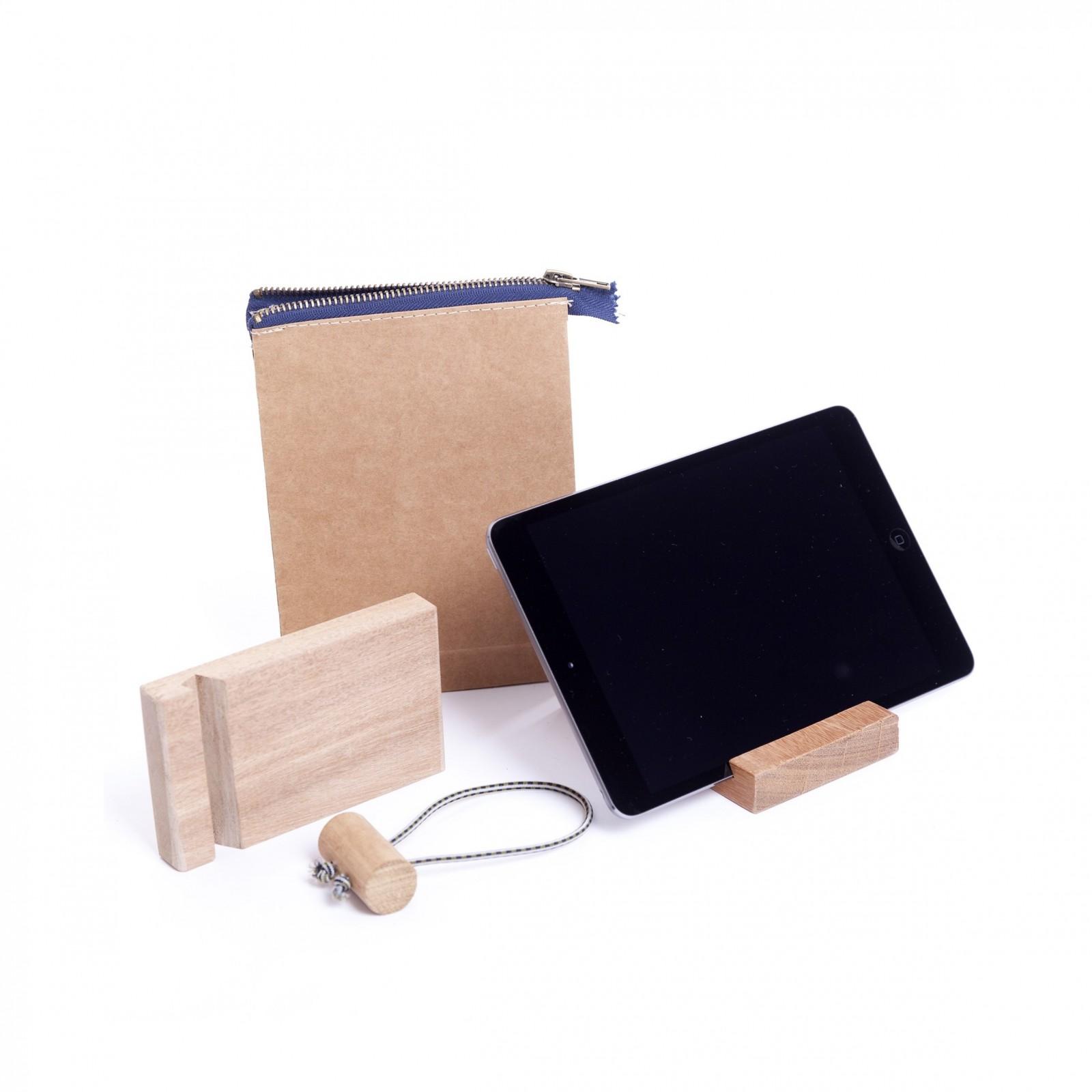 Porte tablette en bois recycl arne concept for Porte tablette