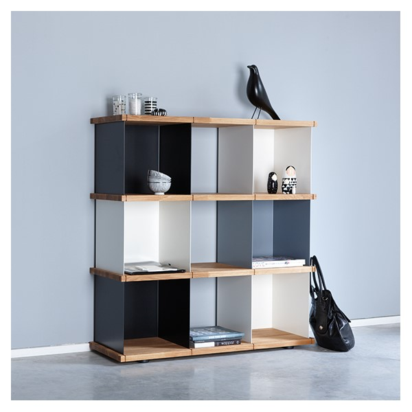 grande tag re cube ch ne massif arne concept. Black Bedroom Furniture Sets. Home Design Ideas