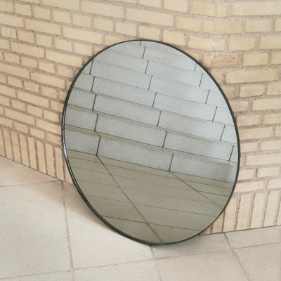 Tinted mirror