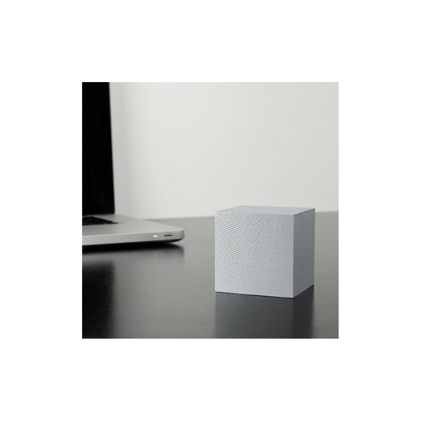 reveil au carr aluminium arne concept. Black Bedroom Furniture Sets. Home Design Ideas