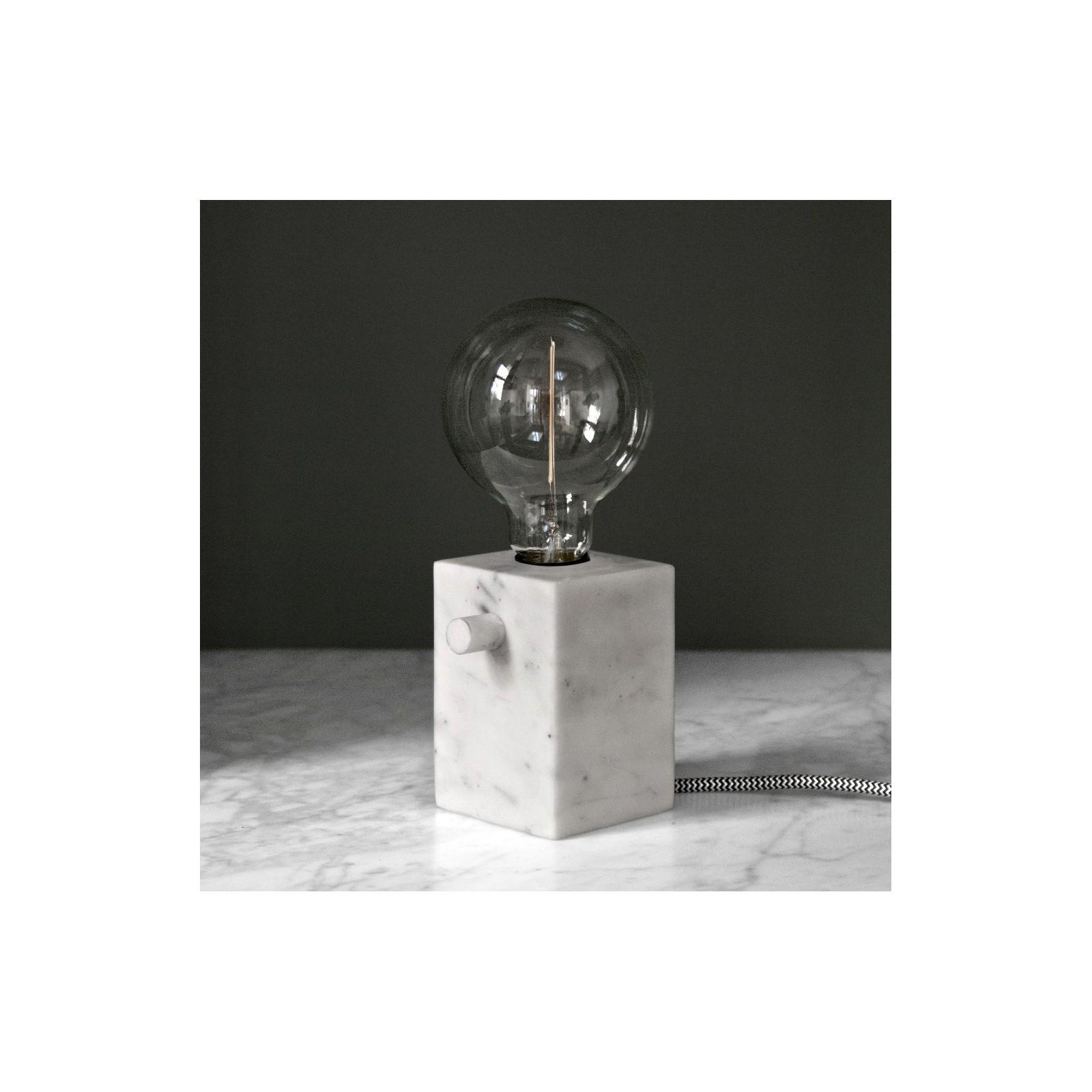lampe en marbre arne concept. Black Bedroom Furniture Sets. Home Design Ideas