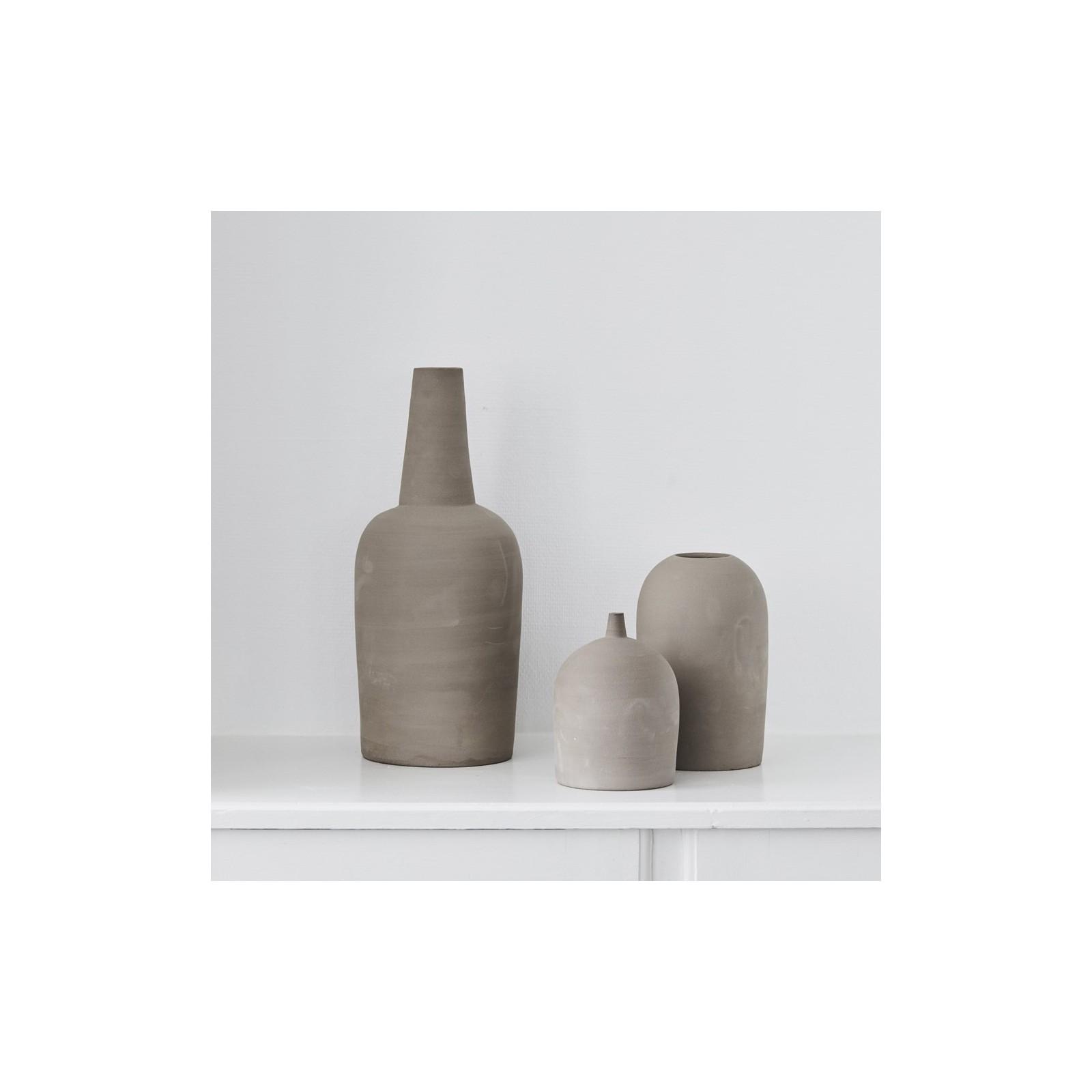 grand vase en gr s arne concept. Black Bedroom Furniture Sets. Home Design Ideas