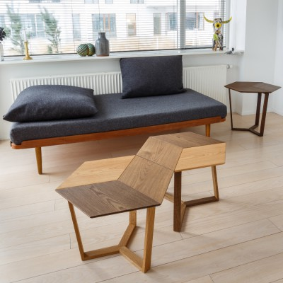 Kant Table 3 tones of Oak Natural